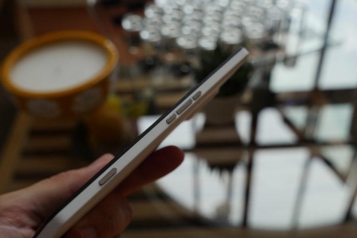 Microsoft Lumia 950 XL : vue de droite