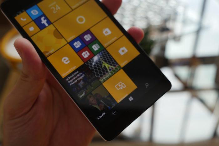 Microsoft Lumia 950 XL : boutons tactiles