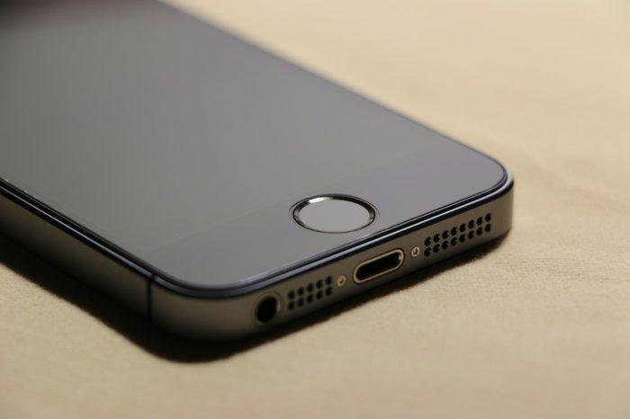 """Allons-nous revoir ce coloris """"noir ardoise"""" de l'iPhone 5 sur l'iPhone 7 ?"""
