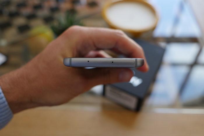 Samsung Galaxy S7 : vue de dessus