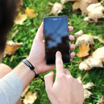 smartphone-569059_1920
