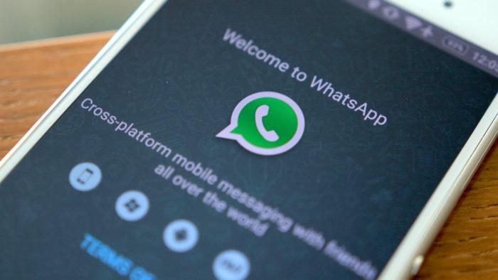 Surprise, WhatsApp, partage certaines données de l'utilisateur avec Facebook