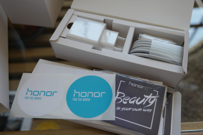 Honor 8 : packaging