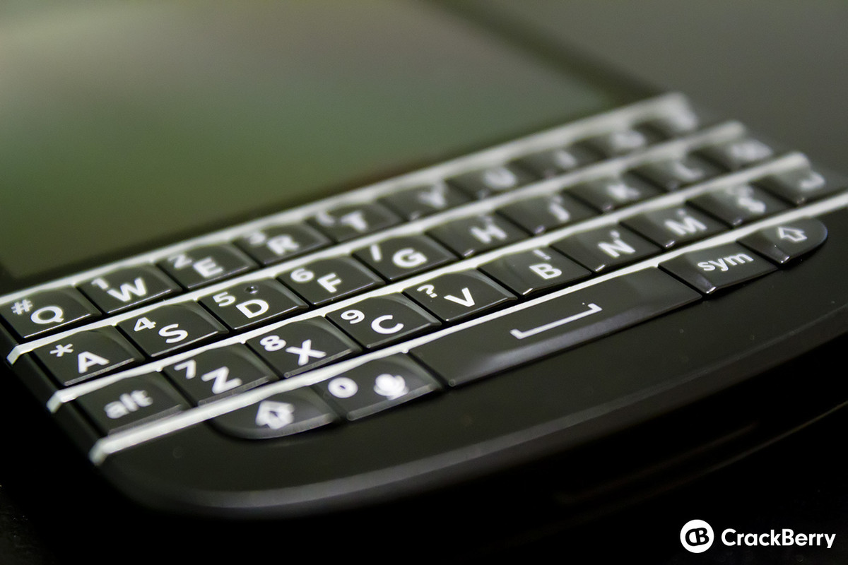 l 39 un des futurs smartphones de blackberry aura un clavier physique. Black Bedroom Furniture Sets. Home Design Ideas