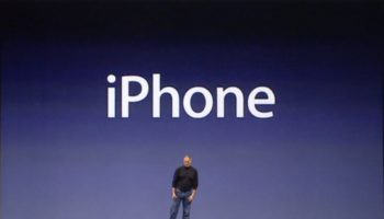 steve_jobs_iphone-100654080-orig