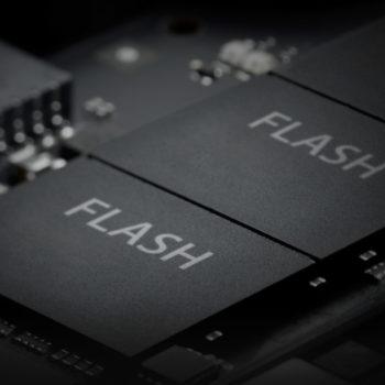 Apple-MacBook-Air-NAND-Flash-image-001