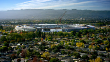 apple-park_aerial-view_571x321.jpg.large