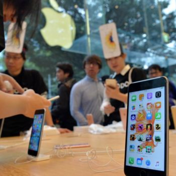iphone-oled-display-iphone-8-iphone-6s