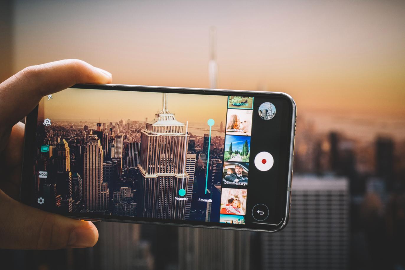 IFA 2017 : le smartphone très haut de gamme LG V30 se dévoile