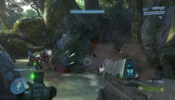 255674-halo-3-xbox-360-screenshot-my-npc-buddy-is-helping-me-against