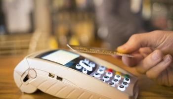 Carte-bancaire-les-bonnes-raisons-d-utiliser-le-paiement-sans-contact