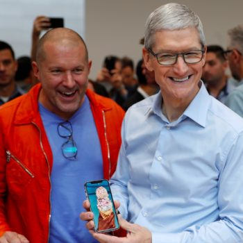 apple-has-backed-itself-into-an-awkward-corner-with-the-iphone-x-and-its-new-naming-system