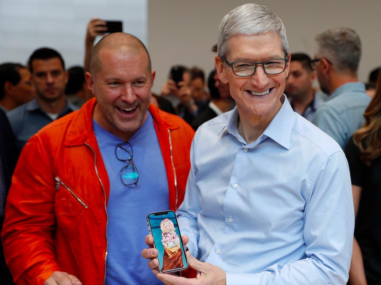 Seulement 3 millions d'exemplaires au lancement — IPhone X