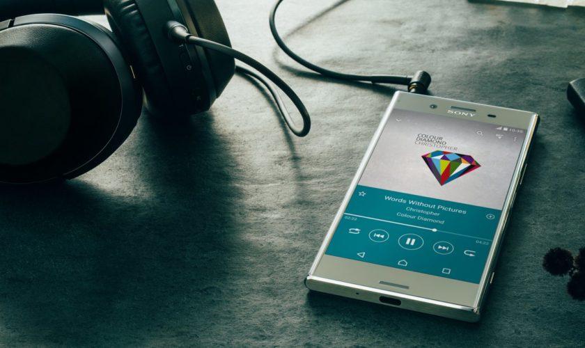 08-p1.a3-smartphone-sound-desktop-46a6c9c4e732b38b651338a79a18decc