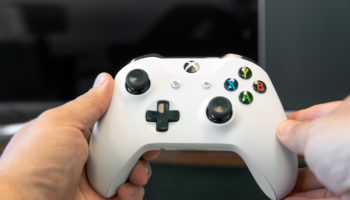 Xbox-One-S-review-15