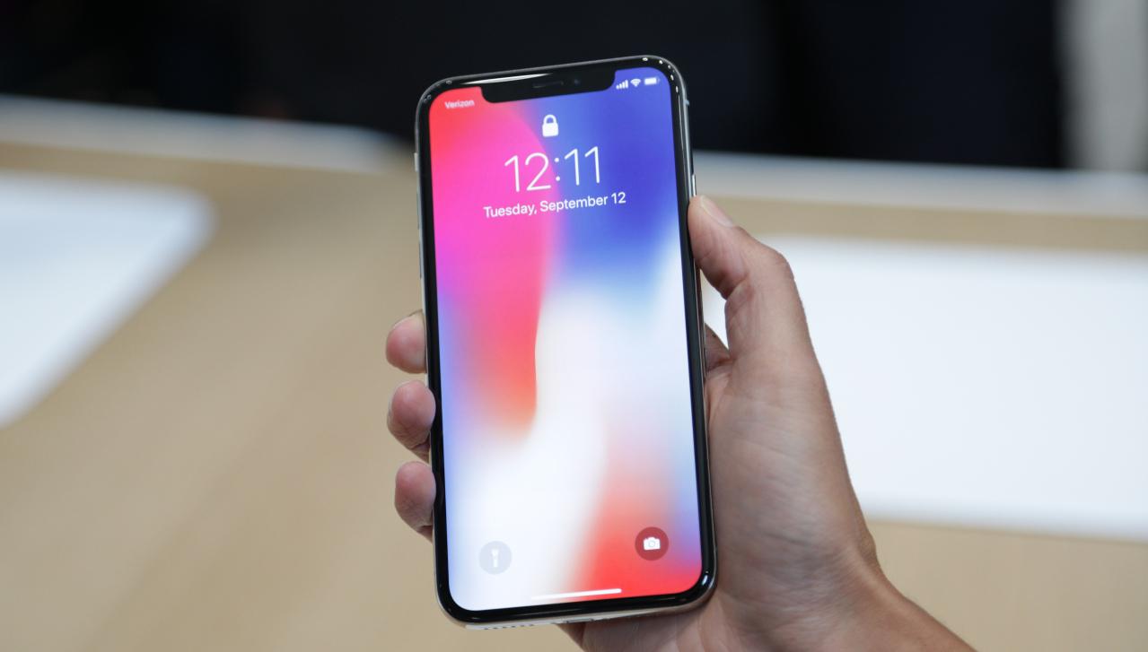 Apple pourrait arrêter la production des iPhone X à l'été 2018