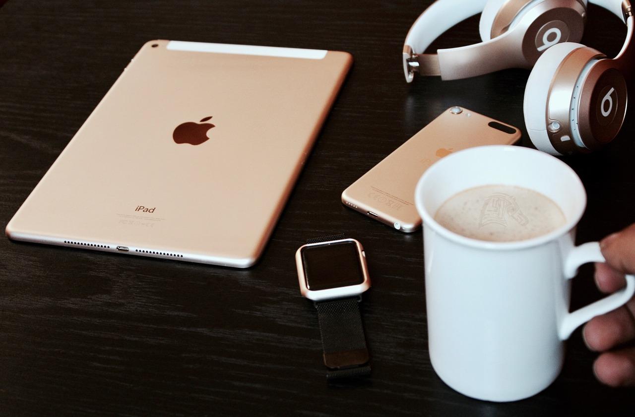 Apple joue la transparence — Bridage de batterie
