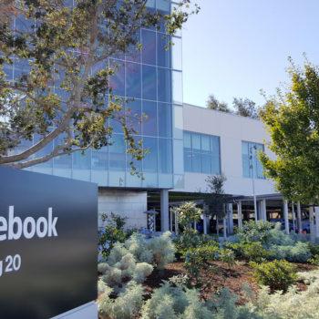 151027-facebook-headquarters-2-100624904-orig