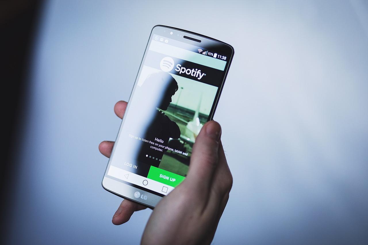 Spotify va bientôt revoir sa copie sur son offre gratuite