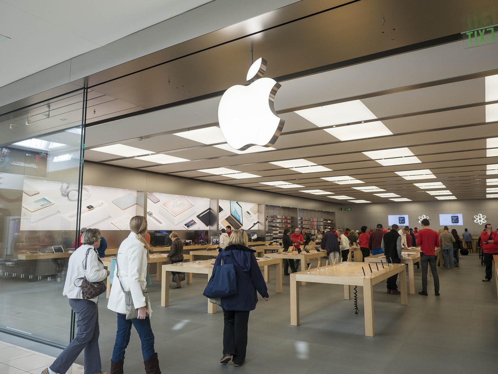 Apple profite au troisième trimestre des iPhone plus chers