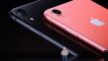 Apple-Event-LIVE-iPhone-XR-Gear-Patrol-Slide-1-1940×1300